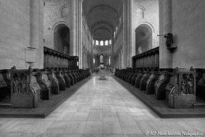 Choeur, transept et nef de la basilique de St-Benoît-sur-Loire -1bN&B-