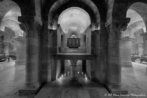 Crypte de la basilique de Saint-Benoît-sur-Loire -8N&B-