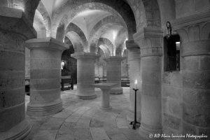 Crypte de la basilique de Saint-Benoît-sur-Loire -13N&B-