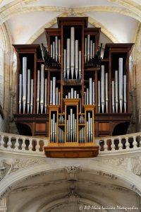 L'orgue de la basilique de Saint-Benoit-sur-Loire -3R-
