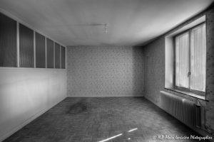 La vieille maison abandonnée, la chambre 1 -1N&B-