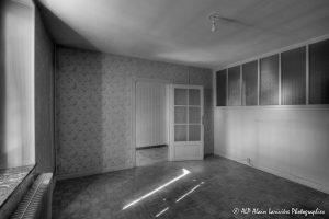 La vieille maison abandonnée, la chambre 1 -3N&B-