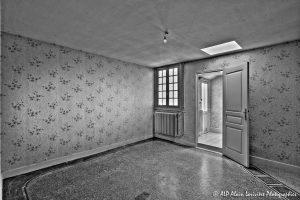La vieille maison abandonnée, la chambre 2 -1N&B-