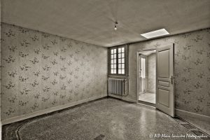 La vieille maison abandonnée, la chambre 2 -1sépia-