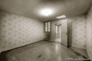 La vieille maison abandonnée, la chambre 2 -2sépia-