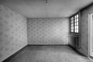 La vieille maison abandonnée, la chambre 2 -3N&B-
