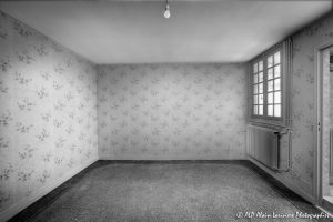 La vieille maison abandonnée, la chambre 2 -4N&B-