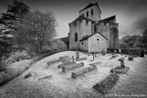 Le cimetière des moines -1M2INFRAROUGEN&B-