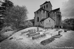 Le cimetière des moines -2INFRAROUGEN&B-