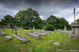 Le cimetière des moines -4M2-