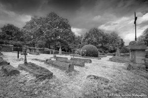 Le cimetière des moines -5M2COMPOSITEN&B-
