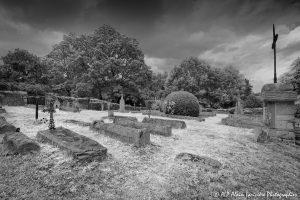 Le cimetière des moines -5M2INFRAROUGEN&B-