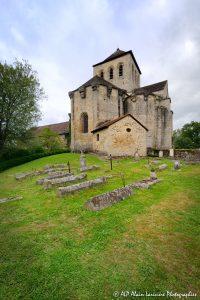 Le cimetière des moines -6M1-