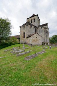 Le cimetière des moines -6N-