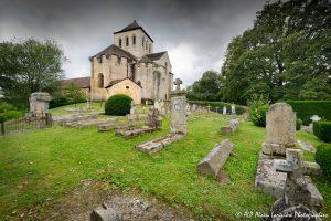 Le cimetière des moines -8M2-