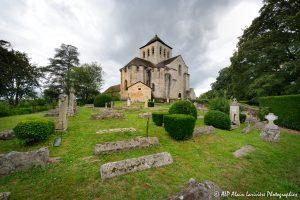 Le cimetière des moines -10M1-