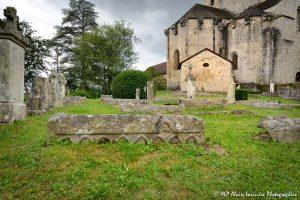 Le cimetière des moines -12M1-