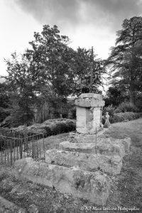 Le cimetière des moines -13MN&B-