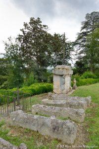 Le cimetière des moines -13N-