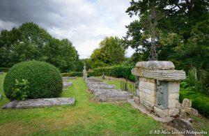 Le cimetière des moines -14M-
