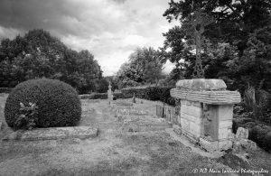 Le cimetière des moines -14MN&B-