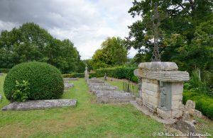 Le cimetière des moines -14N-