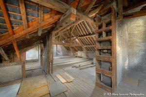 La vieille maison abandonnée, le grenier -2-