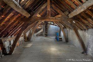 La vieille maison abandonnée, le grenier -5-