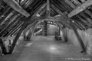 La vieille maison abandonnée, le grenier -5N&B-