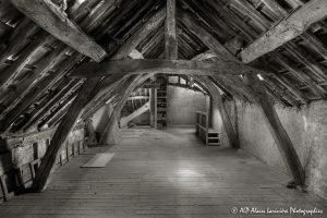 La vieille maison abandonnée, le grenier -5sépia-