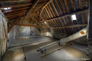 La vieille maison abandonnée, le grenier -6-