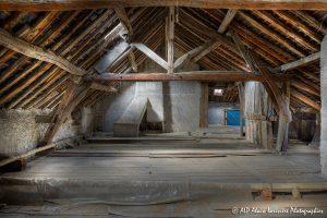 La vieille maison abandonnée, le grenier -9-